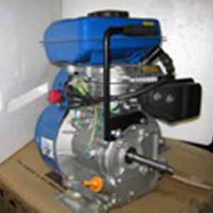 Бензиновый двигатель 2,5 л.с.