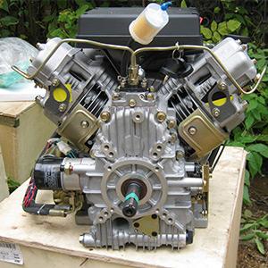 Дизельный двухцилиндровый двигатель 820 куб.см.